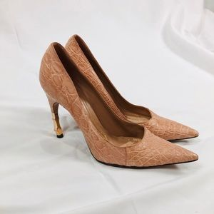 Gucci pink leather heels size 8B